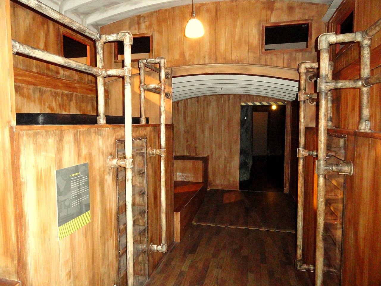 File Caboose Interior Kc Rail Experience Kansas City