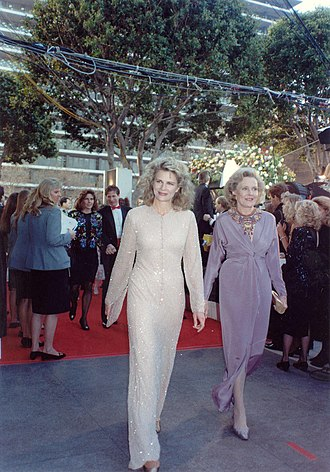 Candice Bergen - Candice Bergen and her mother Frances Bergen at the 62nd Academy Awards March 26, 1990