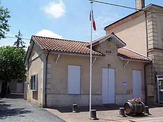 Cantois - Town hall