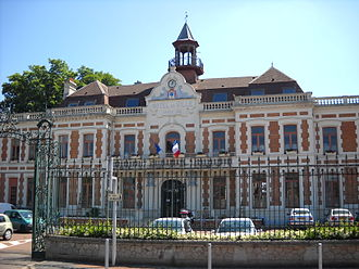Carvin - The town hall of Carvin