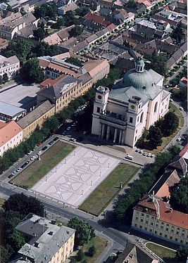 Catedral of Vác.jpg