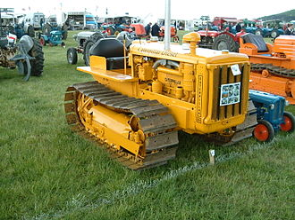 Caterpillar D2 - Caterpillar D2 compact crawler tractor (built from 1938–1957) at the Belvoir Castle Steam Festival 2007, Belvoir Castle, England