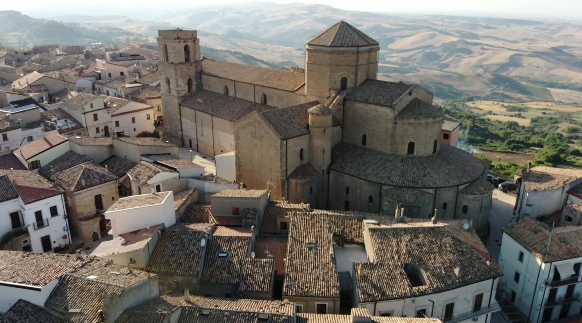 Cattedrale dal drone.jpg