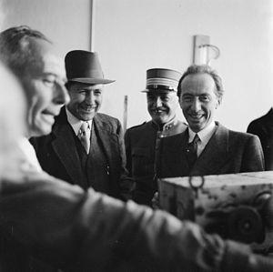 Enrico Celio - Enrico Celio (on the right) visiting Swissair
