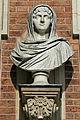 Château de Versailles, cour de marbre, buste de dame romaine, Vdse 89(II) 02.jpg