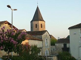 Champniers, Charente - Image: Champniers eg 1