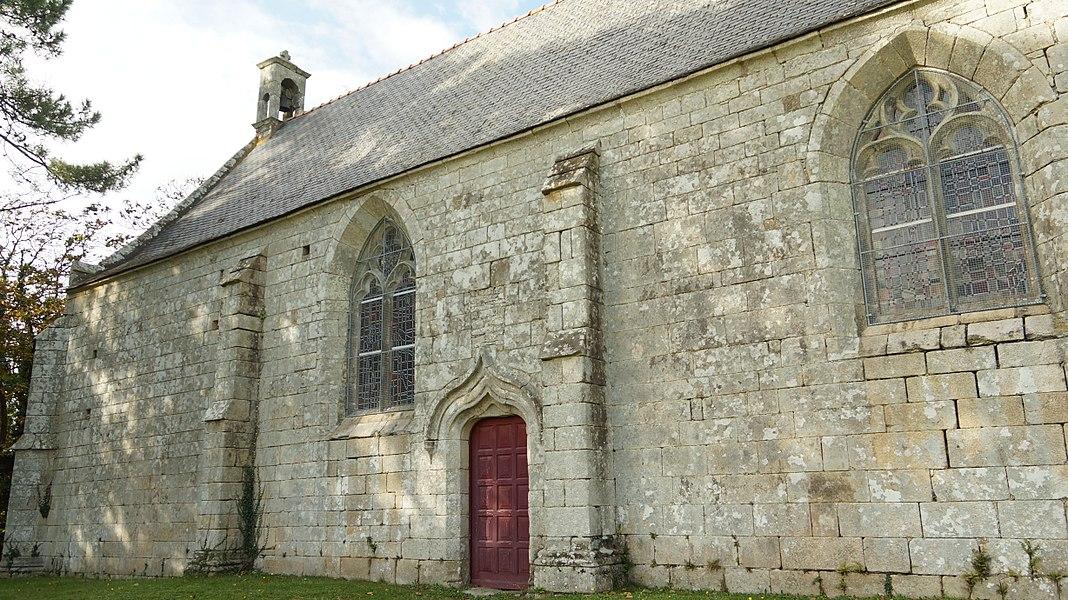 La chapelle Sainte-Barbe vue de côté.