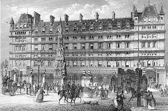 Charing Cross railway station - The front entrance of Charing Cross station in a 19th-century print. The Charing Cross is in front of the Charing Cross Hotel, now an Amba hotel.