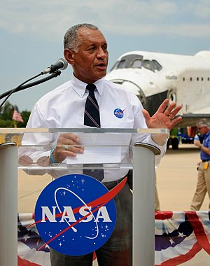 NASA - Charles Bolden speaks after landing of the last Space Shuttle mission, STS-135