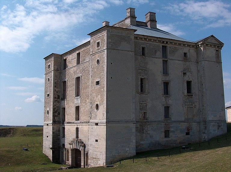Maisons à vendre à Cruzy-le-Châtel(89)