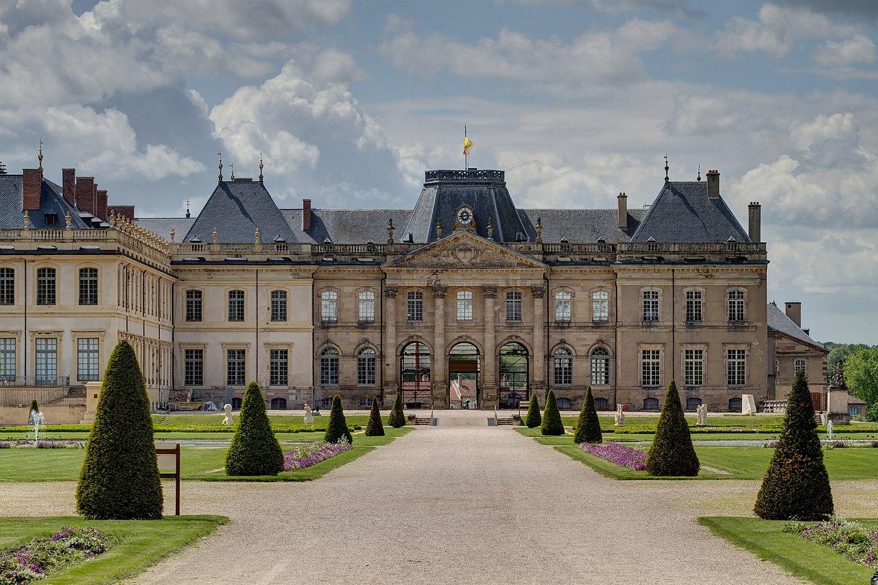 Chateau A Restaureer En Indre Et Loire