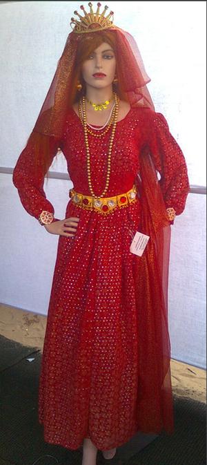 Chavittu Nadakam - Original Chavittu Nadakam costumes: Queen Brijeena from Brijeena Charitham play