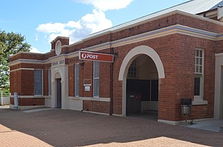 Cobar Post Office historic commonwealth heritage site in Cobar NSW