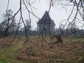 Cobham mausoleum - geograph.org.uk - 20554.jpg