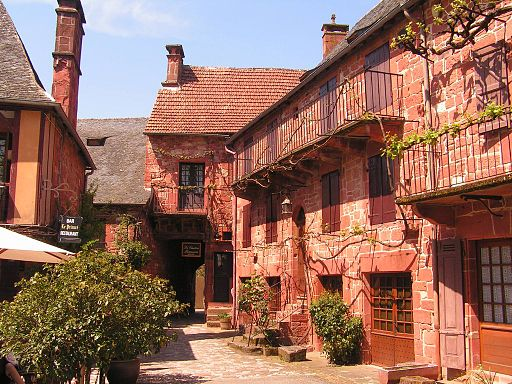 Collonges-la-Rouge rue