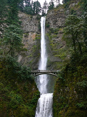 English: Multnomah Falls, Columbia River Gorge...