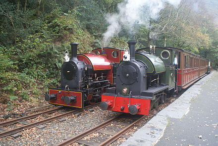 New-build Corris No. 7 (left), and Edward Thomas, during a visit of the former to the Talyllyn Railway. Corris 7 and 4 on Talyllyn - 2011-10-23.jpg
