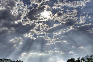 Crepscular rays hdr.jpg
