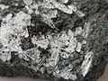 Cristales de sulfato de magnesio (detalle).jpg