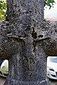 Croix de l'ancien cimetière de Genevrey à Vif - Détail 1.jpg