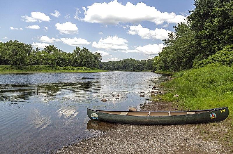 File:Delaware River at Poxono NJ1.jpg