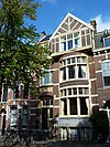 foto van Herenhuis in overgangsarchitectuur op rechthoekige plattegrond