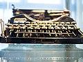 Die Schreibmaschine Erika I 02.jpg