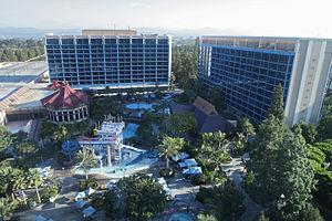 Disneyland Hotel (California)