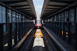 Docklands Light Railway 28 (7355715744).jpg