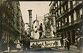 Donostia- (San Sebastián - carroza en el desfile del carnaval) (6233533909).jpg