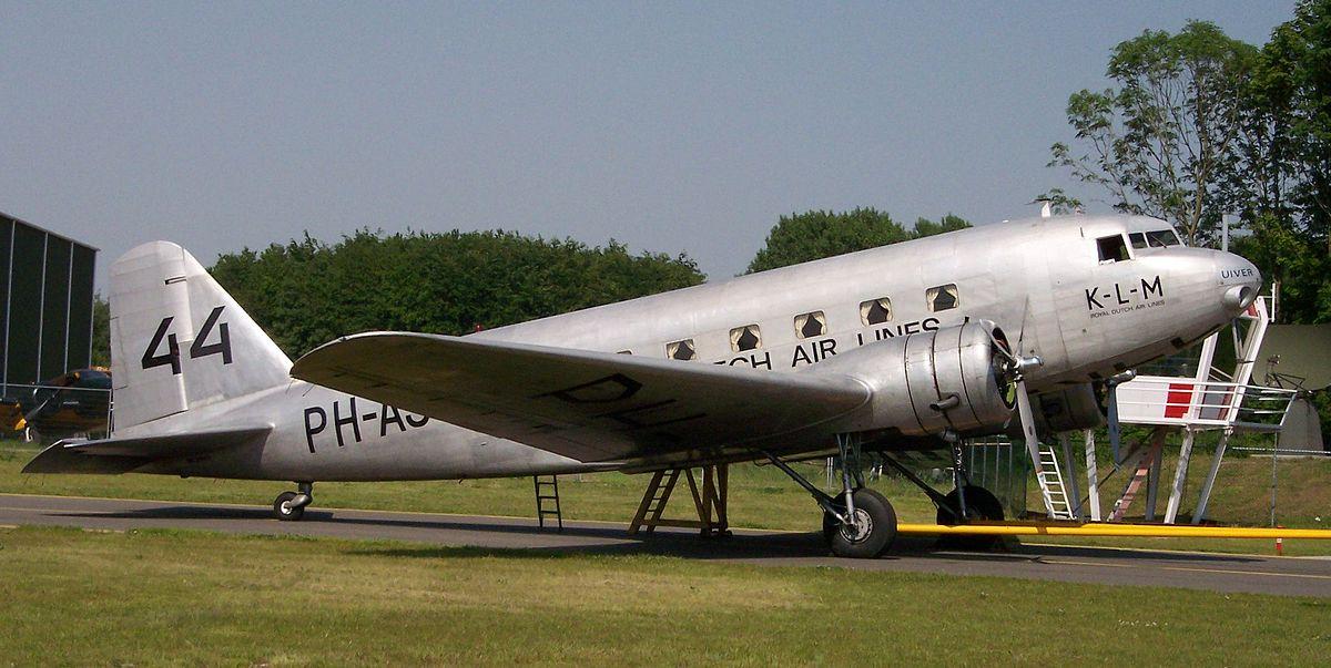 Douglas DC-2 Uiver.jpg
