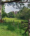 Doune Castle From Beside The Teith - panoramio.jpg