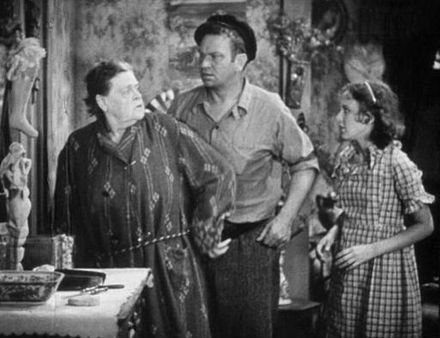 With Marie Dressler in Min and Bill (1930) DresslerBeeryJordanMinBill1930Trailer.jpg