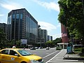 Dunhua North Road and Minsheng East Road intersection, Taipei City 20090919.jpg