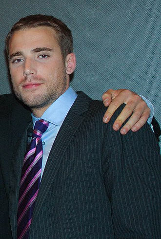 Dustin Milligan - Milligan at the Repeaters premiere in September 2011