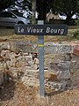 Dyo - Panneau Le Vieux Bourg (juil 2019).jpg