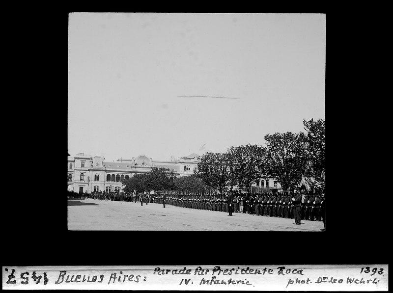 File:ETH-BIB-Buenos Aires, Parade für Presidente Roca, IV. Infanterie-Dia 247-01457.tif