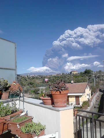 Výbuch sopky Etny (Sicília, Taliansko)