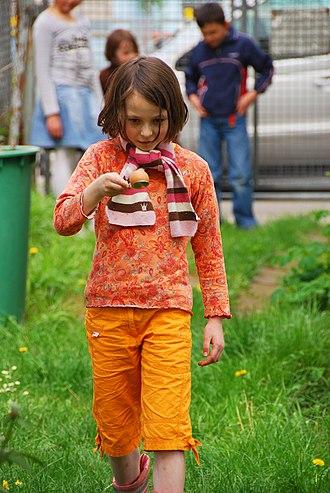 Egg-and-spoon race - Image: Eierlaufen