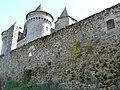 Enceinte du château du Bousquet.jpg