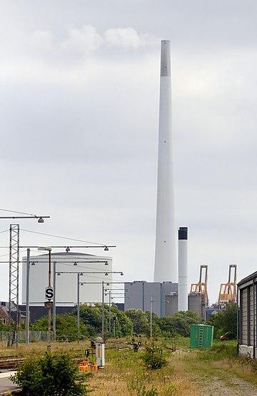 Esbjerg - Kraftwerksschornstein.jpg