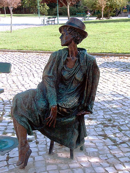 Archivo:Escultura de Jorge Melício1907.JPG