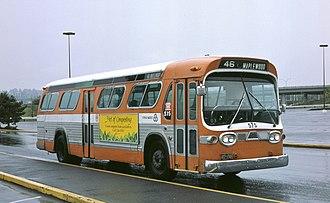 GM New Look bus - Image: Ex Rose City Transit bus, Tri Met 575, in 1985