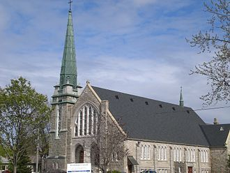 St. Michel de Sillery Church, Quebec - St Charles Garnier Church is in the same parish as St Michel de Sillery Church