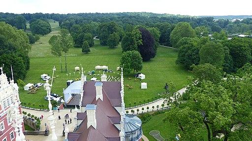 Aussicht vom Schlossturm (Neues Schloss im Fürst-Pückler-Park Bad Muskau) nach Osten über den Schlosspark