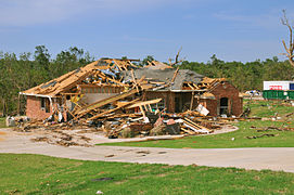 FEMA - 44359 - Oklahoma tornado destroyed home.jpg