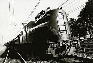 Pennsylvania Railroad class GG1 - GG1 locomotive circa 1940