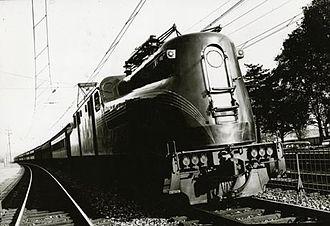 Pennsylvania Railroad class GG1 - GG1 locomotive circa 1940