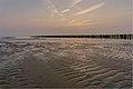 Falling tide (18890521078).jpg