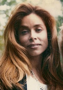 Faye Resnick 1994 (cropped).jpg